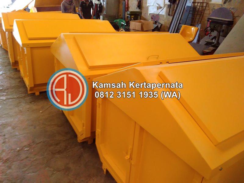 ukuran kontainer sampah besi 2 m3